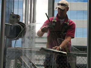 window-cleaner-at-work-1469609